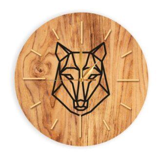 drewniany zegar z wilkiem