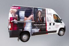 oklejanie-pojazdow-reklama-na-aucie