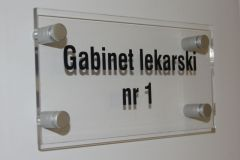 tabliczka-biurowa-na-drzwi-na-gabinet
