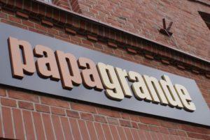logo przestrzenne papagrande