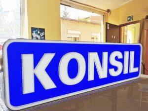 kasetony z pleksi szyldy napisy z plexi producent Bydgoszcz firma Białe Błota Formedia gdzie zrobic kaseton_6