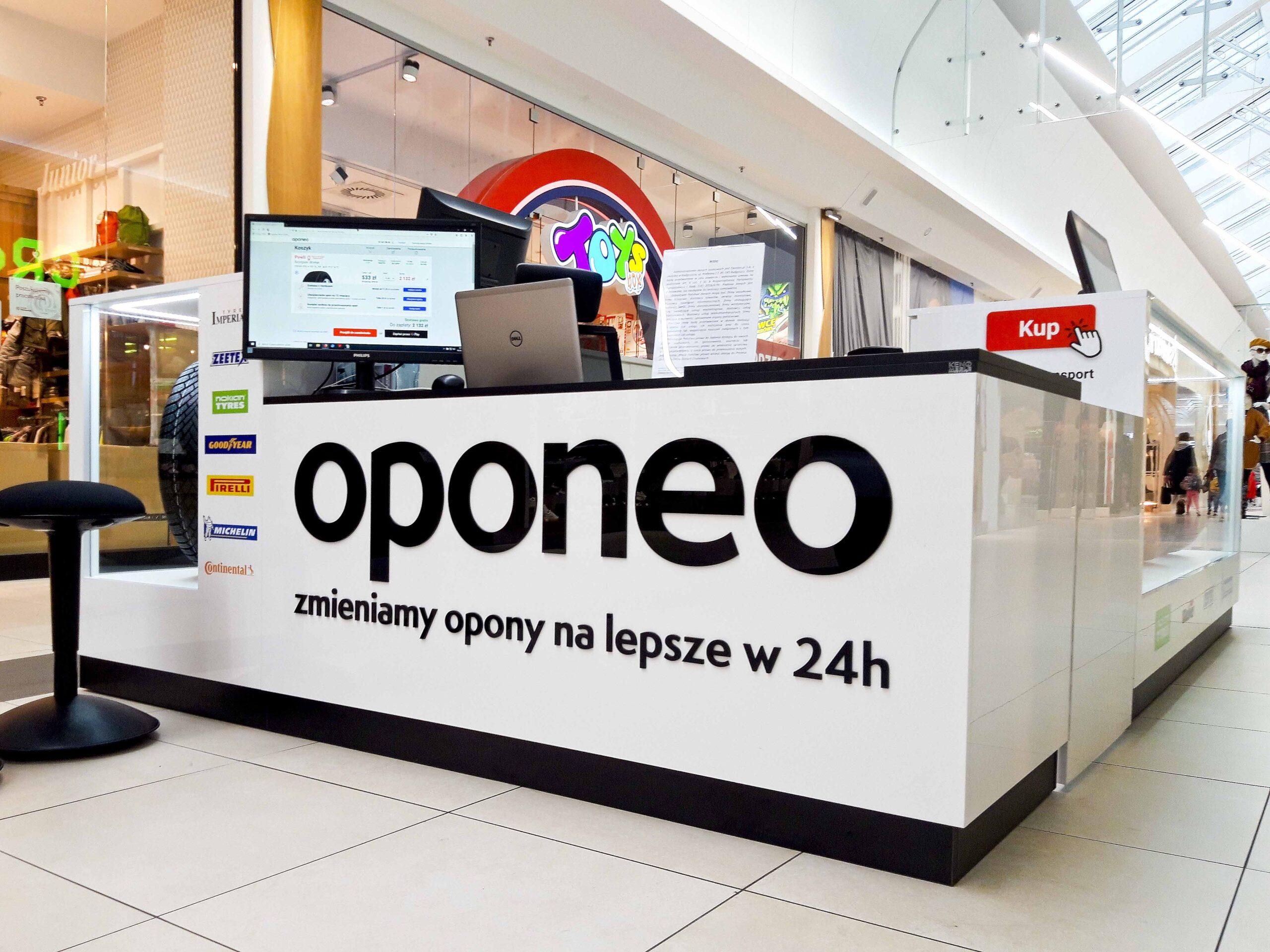 logoi z pleksi szyldy reklamowe kasetony napisy z plexi producent Bydgoszcz firma Białe Błota Formedia_5