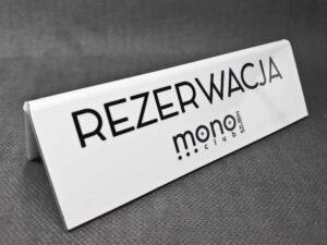 stojaki z plexi formedia _1