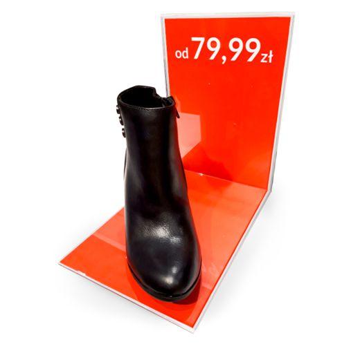 display z plei na obuwie na wystawę